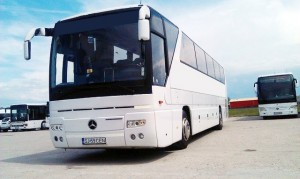 mercedes_coach_49_seater1