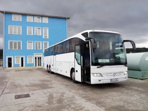 mercedes_coach_57_seater1