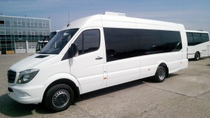 mercedes_sprinter_long_19_seater2