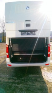 volkswagen_crafter_long_19_seater5